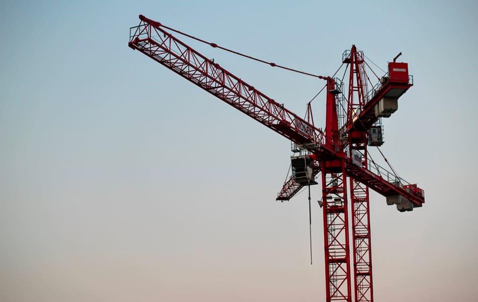 Cranes – Worker Standing in Bight of Line Struck